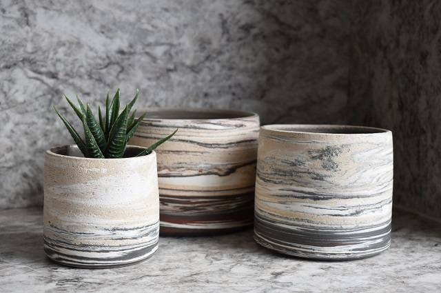 Ways to care for ceramic flower pots in the house